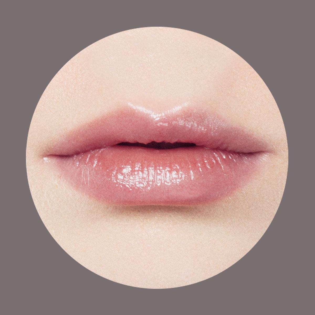 NYA‐聯名限量系列黑潤唇膏